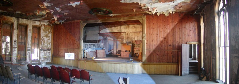 Delphi Opera House, Delphi, IN / photo from theatre's website